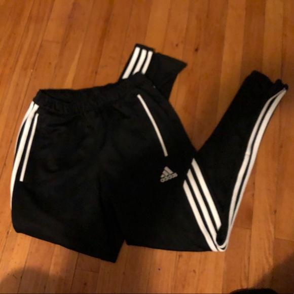 Adidas pantaloni joggerstrack poshmark